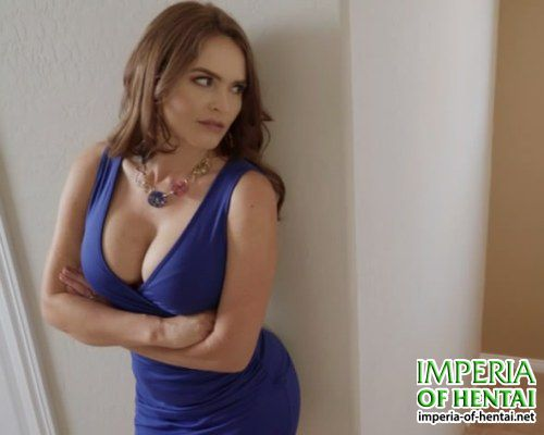 Jessica intercepted her daughter's boyfriend