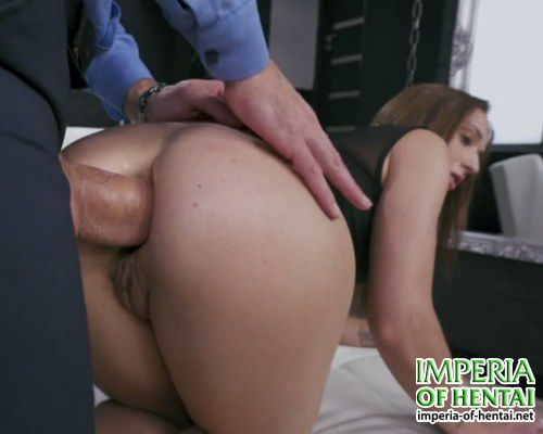 Alison found it hard to get fucked in the ass